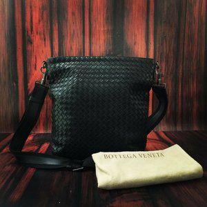 Bottega Veneta Intrecciato Black Messenger Bag